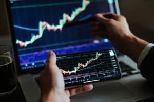 investment stockbroker risk analysis