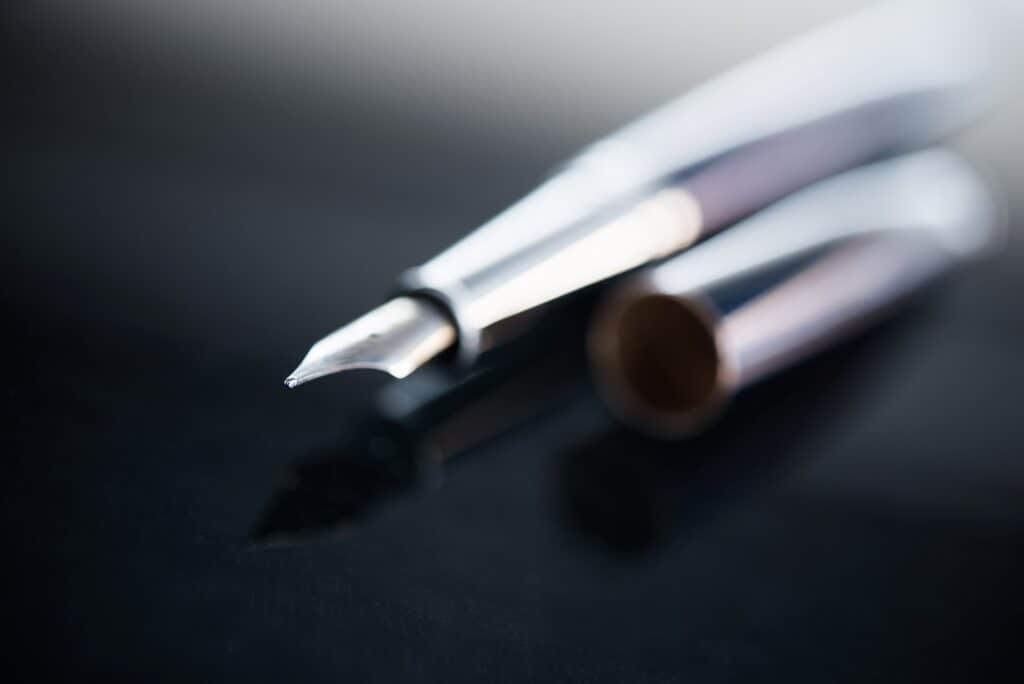 Executive Desk Luxury Pen